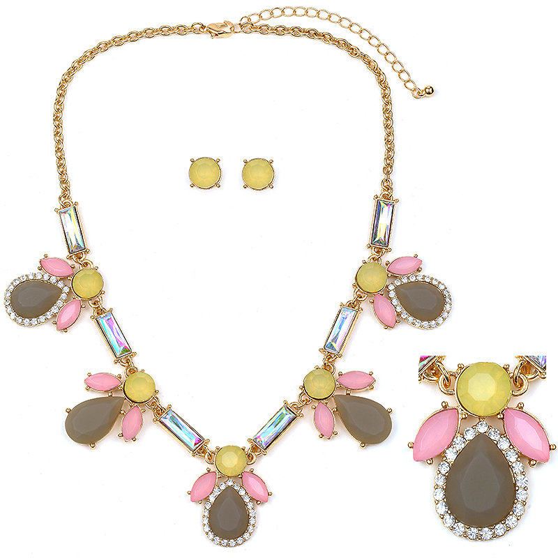 Statement Necklace Beige, Grey, Yellow, Pink & crystal